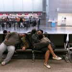 Delay – Postpone : เลื่อนออกไป