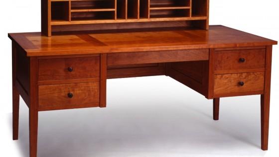 Desk – Table : โต๊ะที่แตกต่าง !