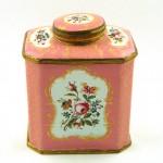 Caddy – Candy : กล่องชา กับ ลูกกวาด