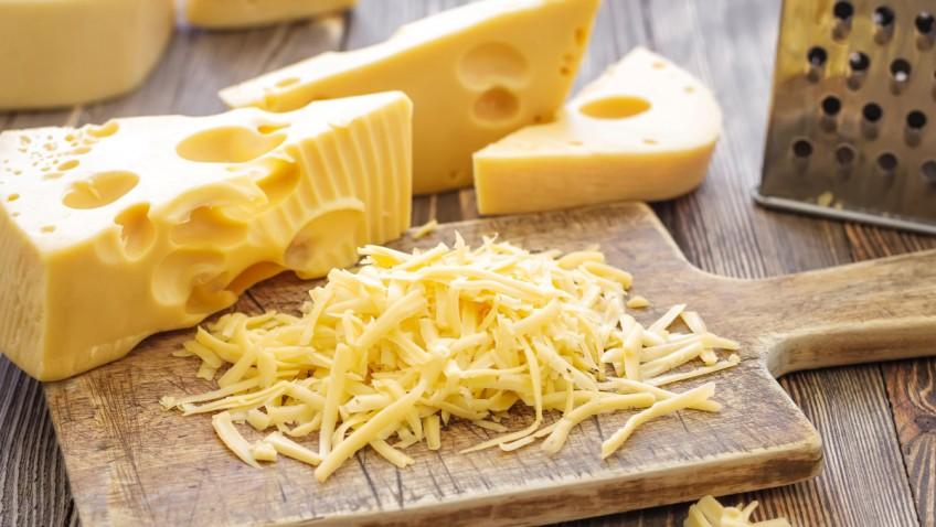 Cheese Sheet Cheatต่างกันอย่างไร