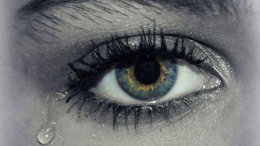 Tear – Tier : น้ำตาที่ถูกฉีกออกมาเป็นชั้นๆ